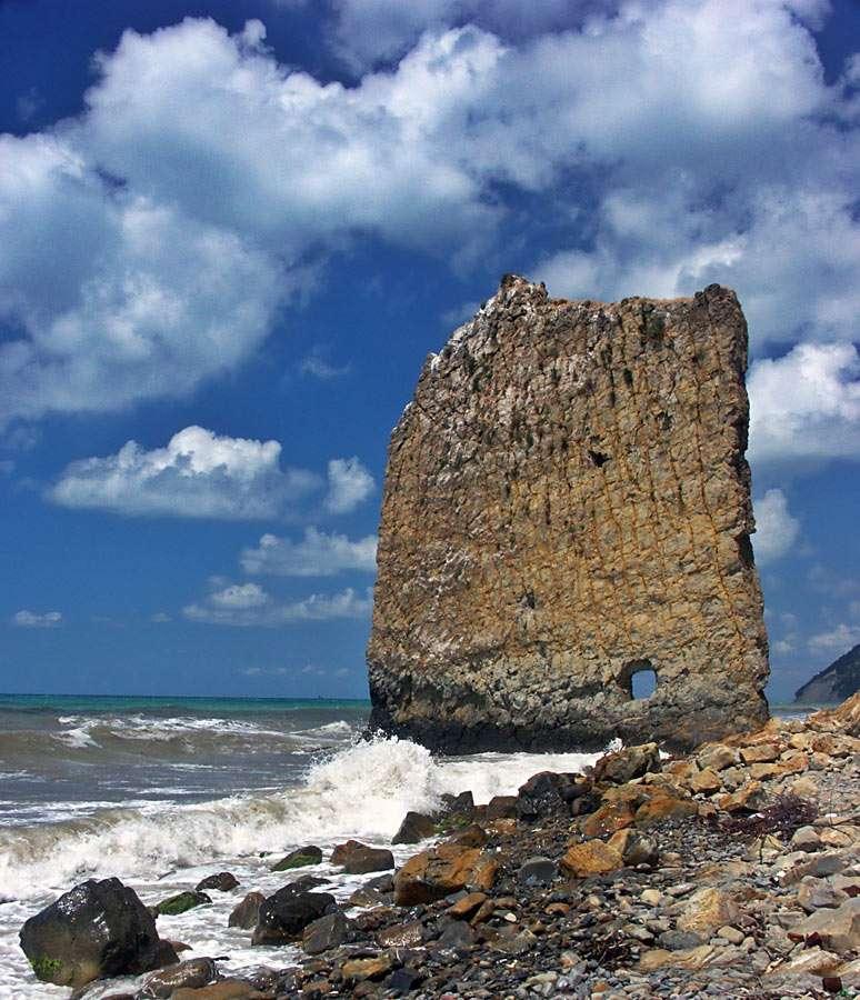 Sail Rock (Russia)