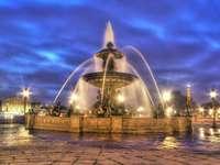 Der Brunnen am Place de la Concorde (Frankreich)