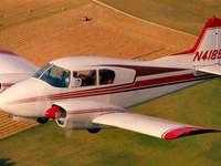 Piper Apache (PA-23-160)