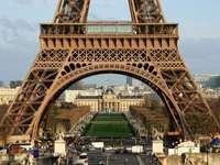 Primer piso de la Torre Eiffel (Francia)