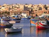 Boten van vissers uit Marsaxlokk (Malta)