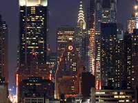 Manhattan bij nacht (VS)