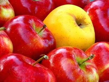 Juicy apples