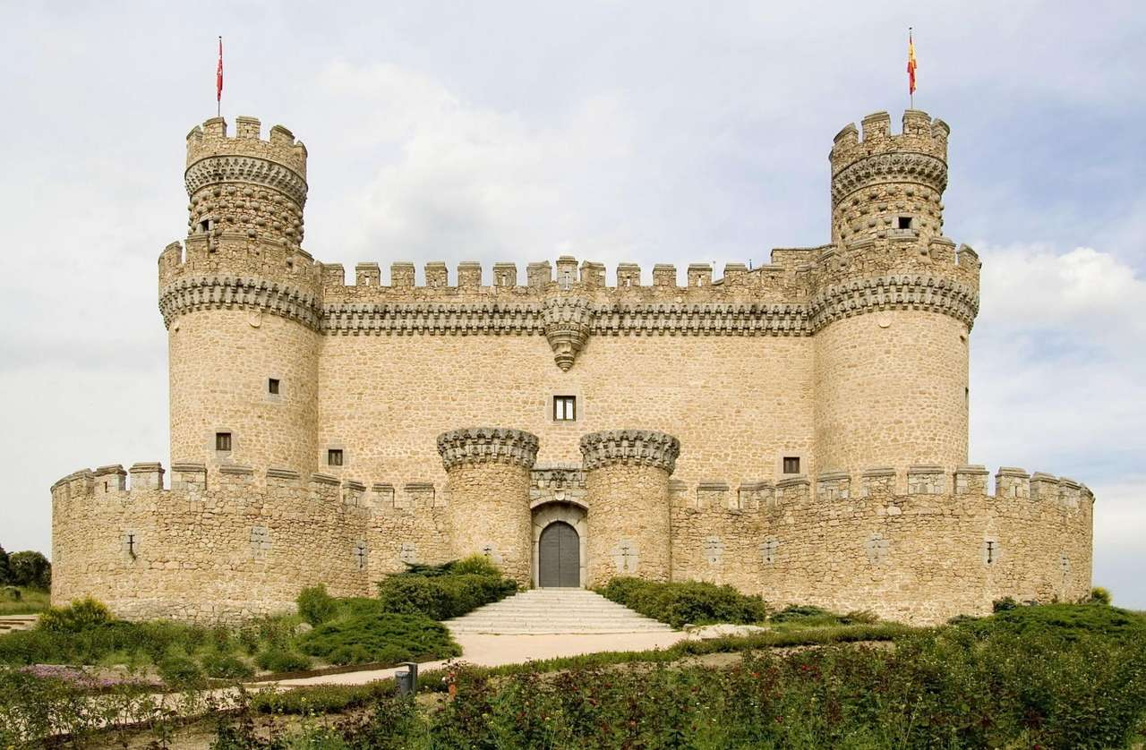 Castle of Manzanares El Real (Spain) - The Castle of Manzanares el Real (Castillo nuevo de Manzanares el Real) is situated in the town of the same name, in the southern part of the Sierra de Guadarrama Mountains, about 50 kilometers from M (8×5)