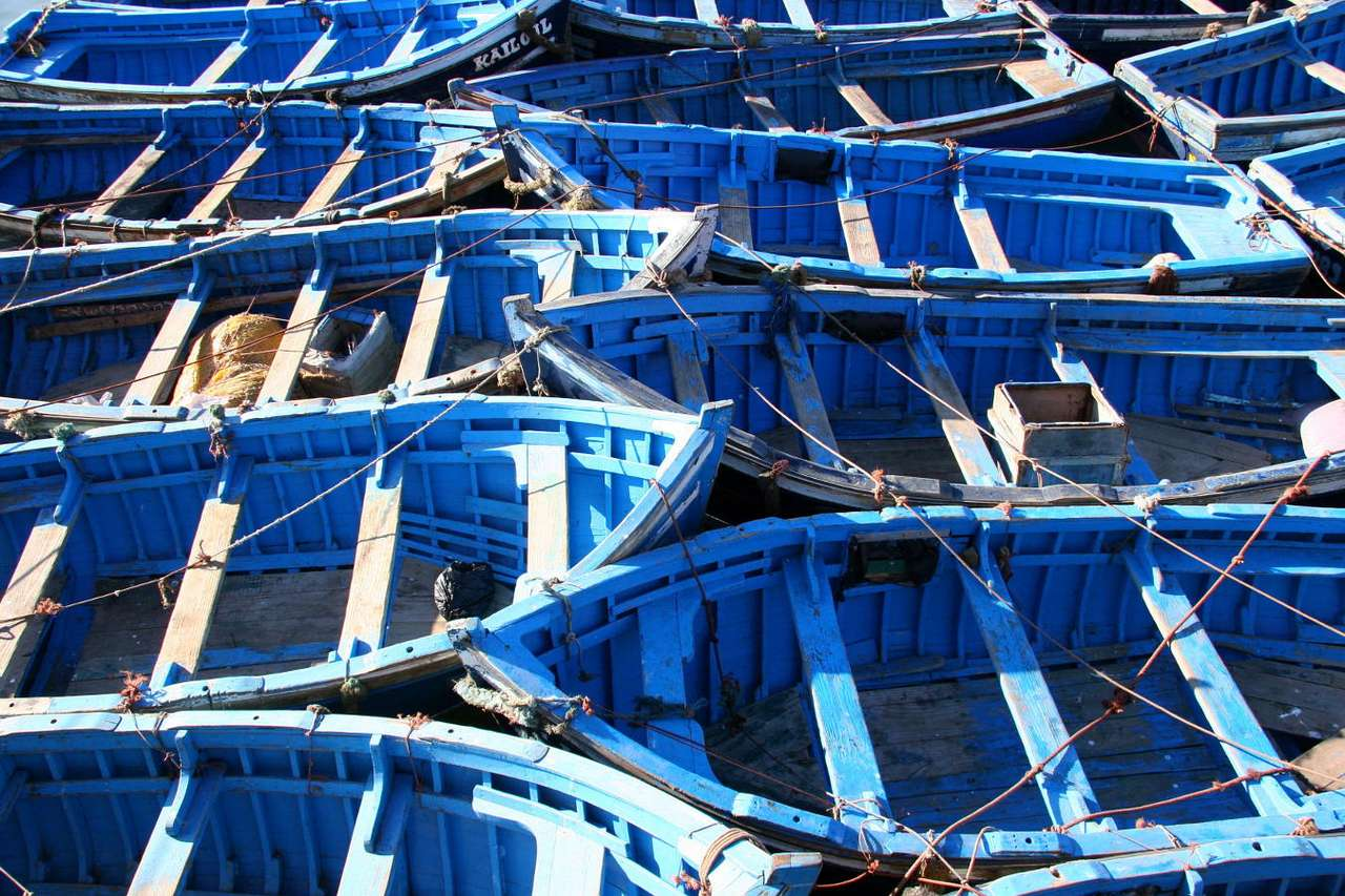 Moroccan fishing boats - The economy of Morocco is developing in a dynamic way and is of farming-industrial characteristics. On a significant area of the country a traditional model of economy is prevalent, it is based on var (15×10)