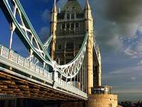 Tower Bridge in London (United Kingdom)