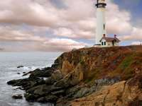 Pigeon lighthouse in California (USA)