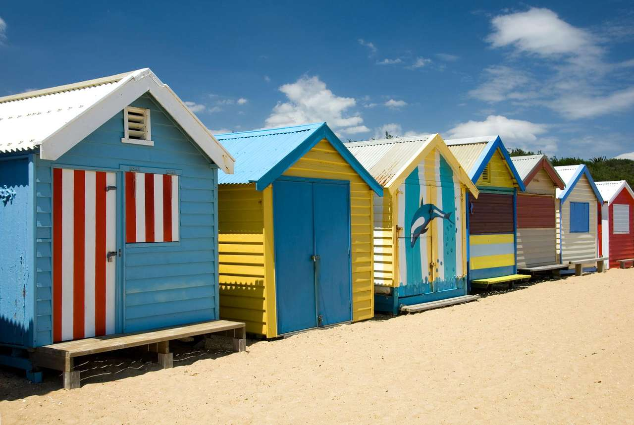 Brighton Beach in Melbourne (Australia) - Beautiful colorful chalets, which are at tourists' disposal, are the most impressive on the Australian beaches. Warm colors, in which they have been painted, make the summer in Australia even more col (7×5)