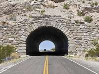 Tunel v národním parku Big Bend (USA)