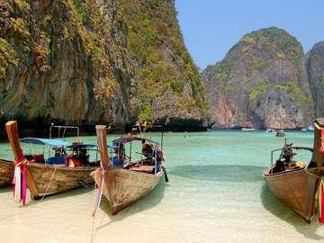 Traditional Thai Long Tail Boats in Leonardo Bay (Thailand)