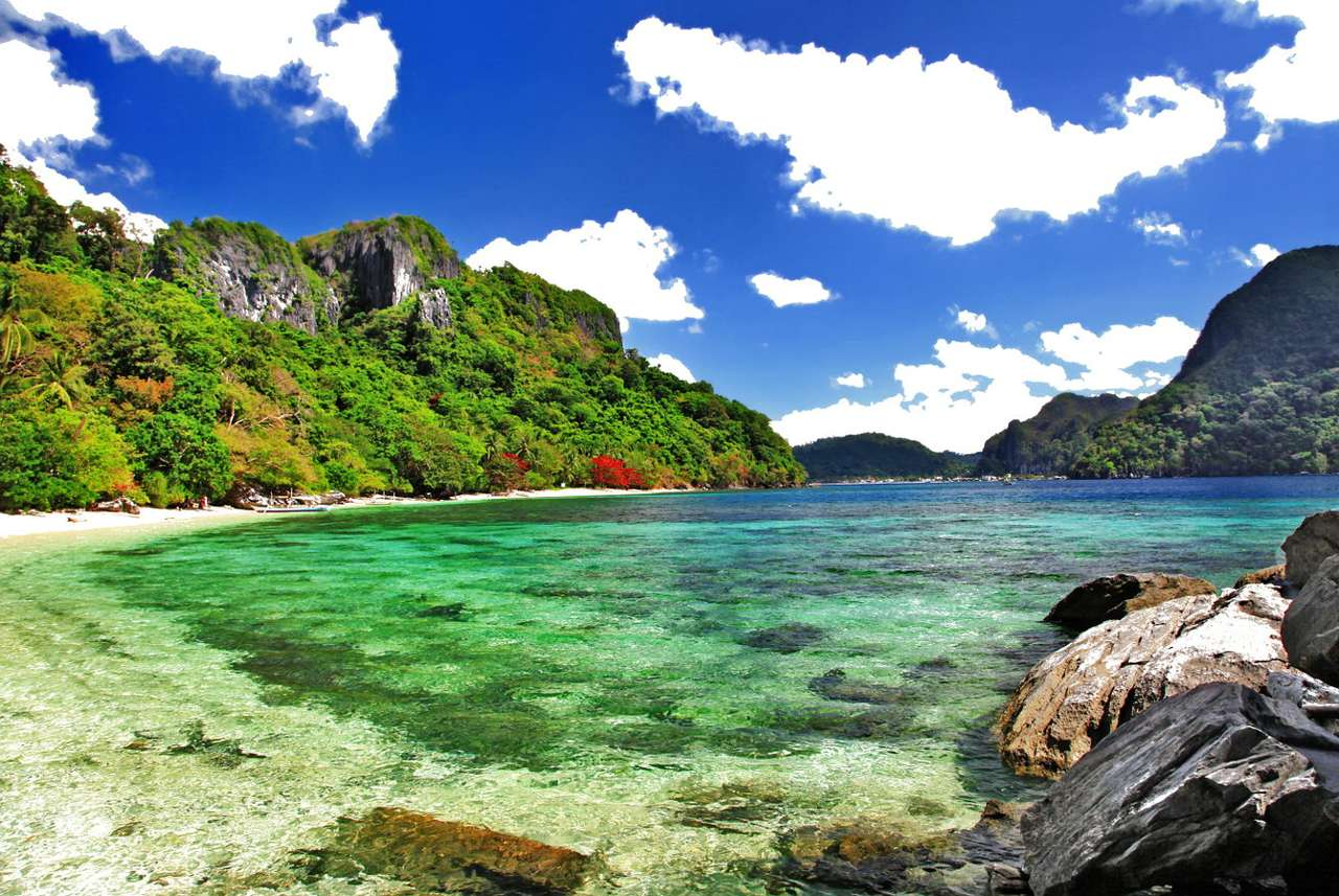 "El Nido (Philippines) - El Nido is the municipality on the Philippine island of Palawan. Its name originates from the edible nests of the swifts birds (Spanish – ""el nido"" – nest), which are the basic ingredient of t (8×6)"