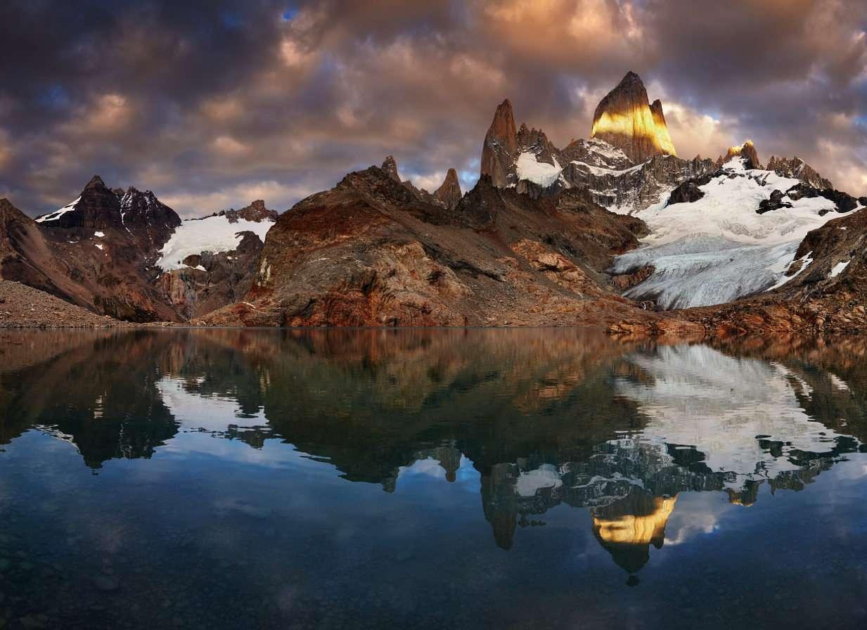 Mount Fitz Roy på De Los Tres Lagoon (Argentina)