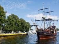 Πλοίο «Unicus» στο Ντάρλοβο (Πολωνία)