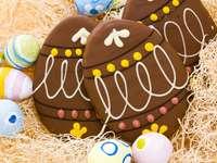 Huevos de Pascua de chocolate decorativos