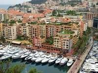 Пристанище във Фонтвей (Монако)