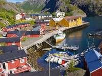 Pueblo pesquero de Nusfjord en Lofoten (Noruega)