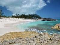 Beach on Little Exuma (Bahamas)