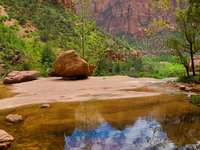 Emerald Pools in Zion National Park (USA)