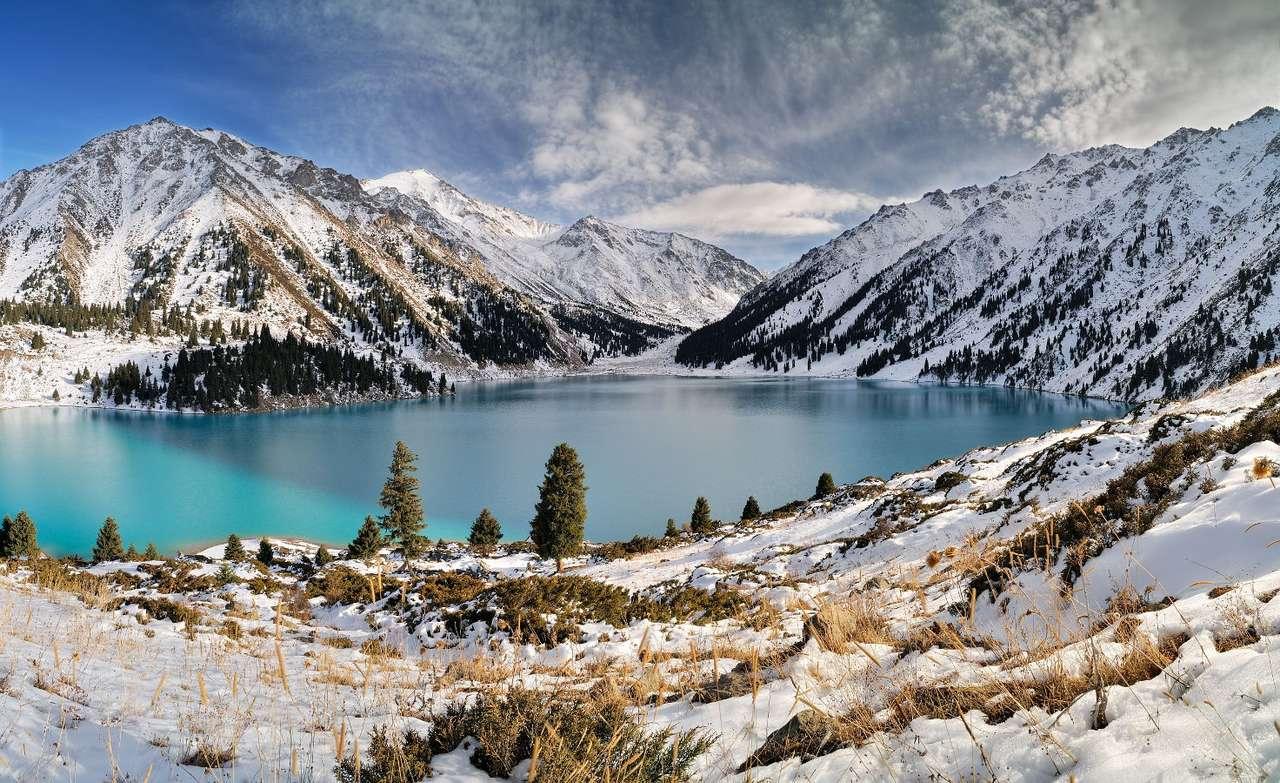 Lacul Mare Almaty (Kazahstan)
