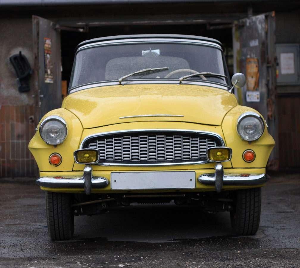 Sárga Škoda Felicia 994 típusú