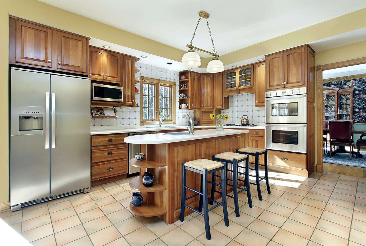 Modern kitchen - Kitchen is considered by many to be the heart of home – it is not only a place where meals are prepared, but often consumed too. The kitchen is also the place where guests like spending time, as thi (13×6)