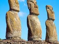 Estatuas en Isla de Pascua (Chile)