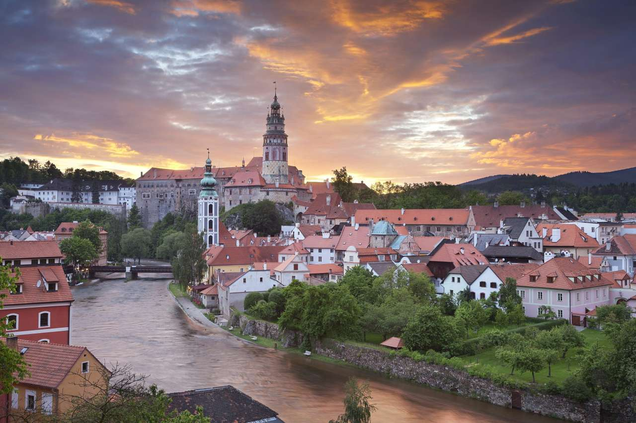 The town of Český Krumlov (Czech Republic) - Český Krumlov is a small town on the banks of the Vltava River in the south of the Czech Republic. The town that was built in the Middle Ages is dominated by the 13th-century castle, which is surrou (12×8)