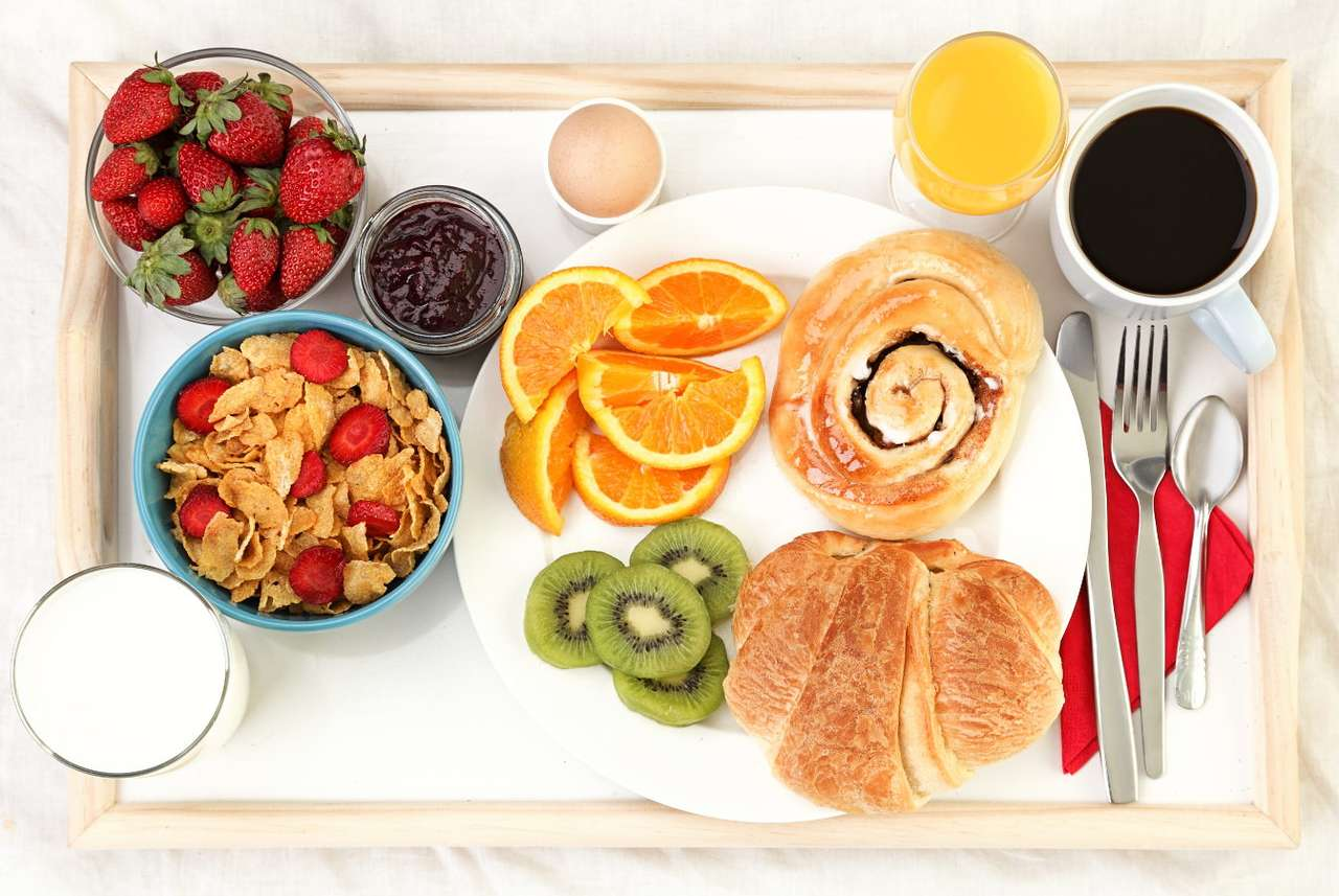Tray with breakfast served in bed - Serving breakfast in bed is one of the nicest gestures you can make. A surprised person may feel unique, as he/she is cared for and appreciated since the very morning. A day that started in this way w (12×9)