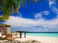 Sandy beach (Maldives)