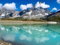 Pico do Matterhorn nos Alpes Ocidentais