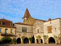 Monpazier (Frankrike) pussel från foto