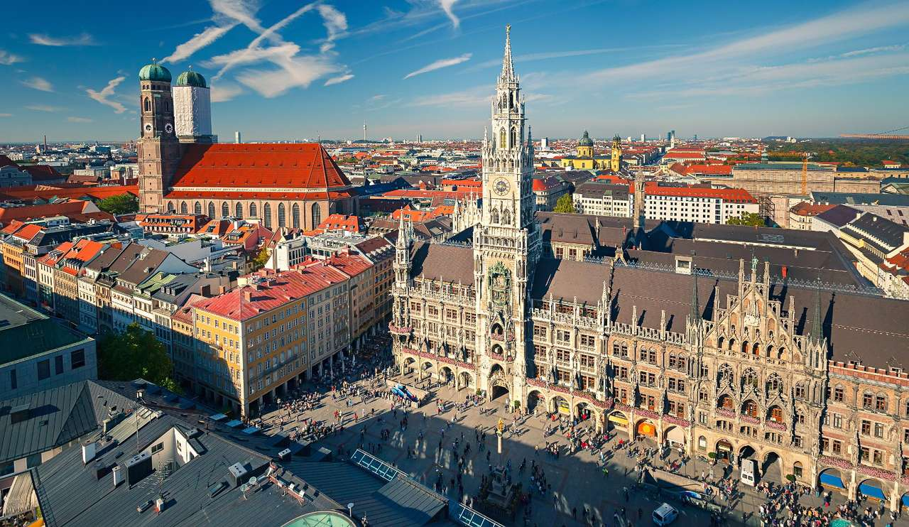 View of the Marienplatz in Munich (Germany) - Munich is the capital of Bavaria in southern Germany, located on the River Isar. The representative Marienplatz, i.e. Mary's Square, is the central point of the city and the place where the most imp (15×7)