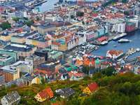 Panorama of Bergen (Norway) online puzzle