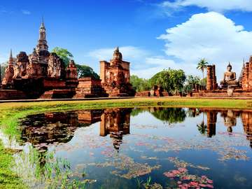 Ruins in the city of Sukhothai (Thailand)