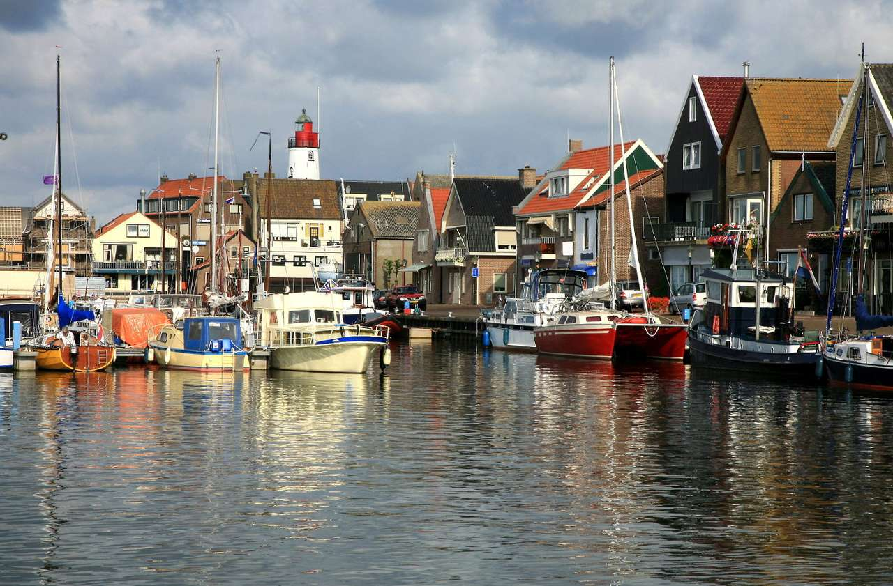 Port in Urk (Netherlands) - Urk is a Dutch town in the province of Flevoland. Originally Urk was an island, but in 1939 it was joined with the mainland with a dike. Due to its convenient location in the bay of the North Sea, the (10×6)