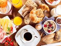 Extended continental breakfast