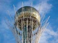 Baiterek, o símbolo de Astana (Cazaquistão)