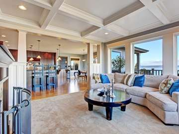 Spacious living room overlooking the sea