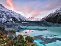 Sunset over the Mueller Glacier (New Zealand)