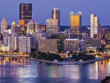 Pittsburgh Center at the confluence of two rivers (USA)