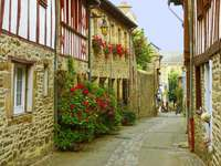 Narrow street in Tréguier (France)