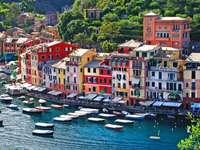 Kleurrijke huizen in Portofino (Italië)