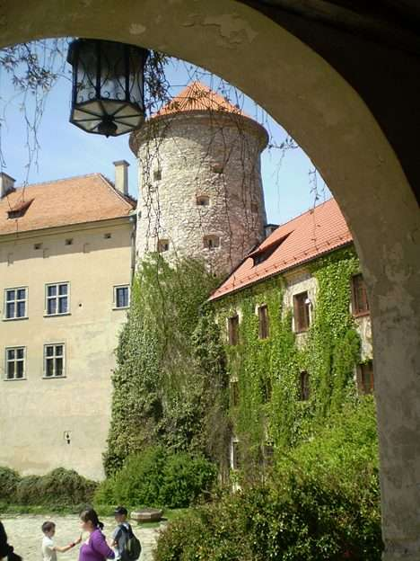castillo en Pieskowa Skała - verano 2011 (12×16)
