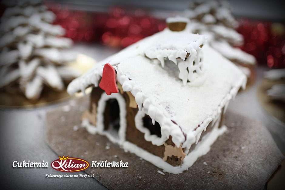 royal gingerbread house - Gingerbread house - Christmas work of the Royal Patisserie - Kilian (5×4)