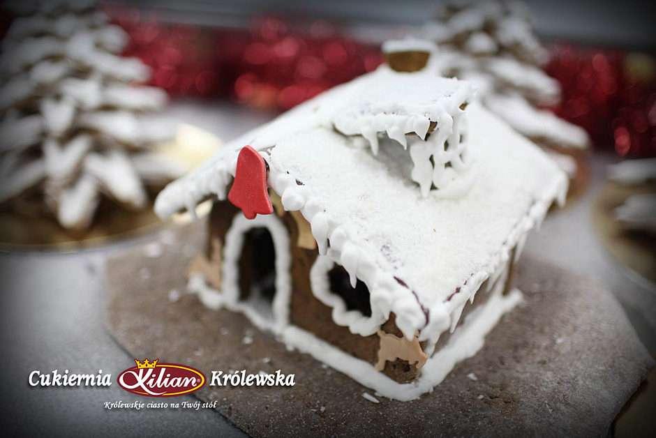 βασιλικό μελόψωμο σπίτι - Gingerbread house - Χριστουγεννιάτικη δουλειά του Βασιλικού Ζαχαροπλαστείου - Kilian (5×4)