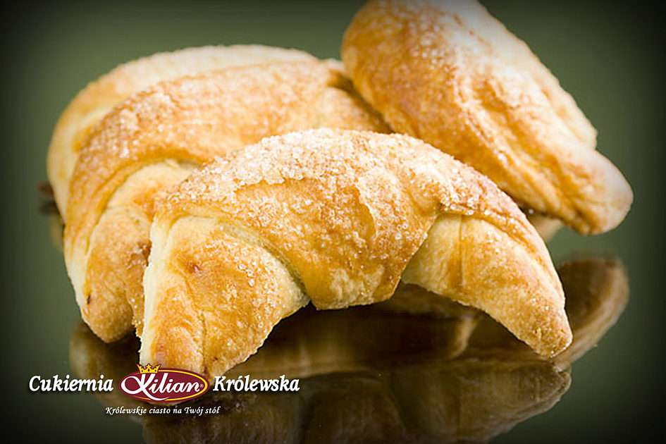Delicious croissants - Delicious stuffed croissants from the Royal Patisserie - Kilian (5×3)