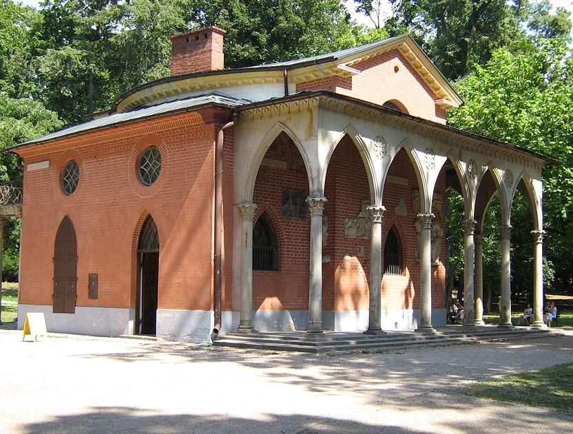 Gothic Cottage - Gothic Cottage  Puławy (Poland) (16×5)