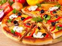 pizzzaaaaa