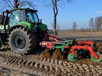 Cultivare cu Deutz-Fahr Agrotron 6160