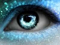 Ochi albastru